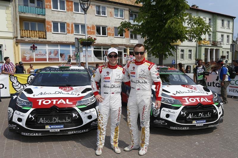 LOS DS 3 WRC SE PASAN AL ASFALTO