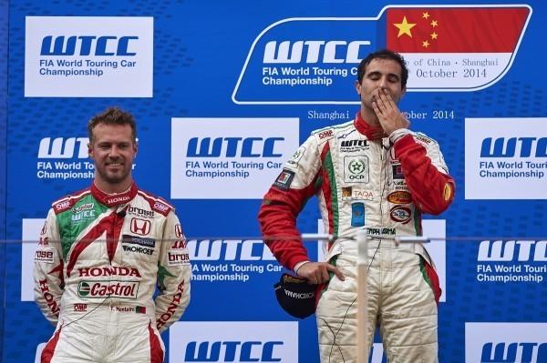 Honda se apunta la 1ª victoria de la temporada en el WTCC de Shanghái