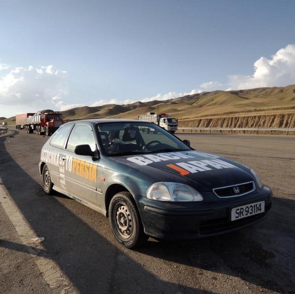 De Noruega a Japón: el roadtrip de un viejo Civic por la educación y la ingeniería
