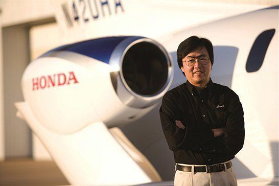 El padre del HondaJet recibe el premio SAE International de diseño aeroespacial