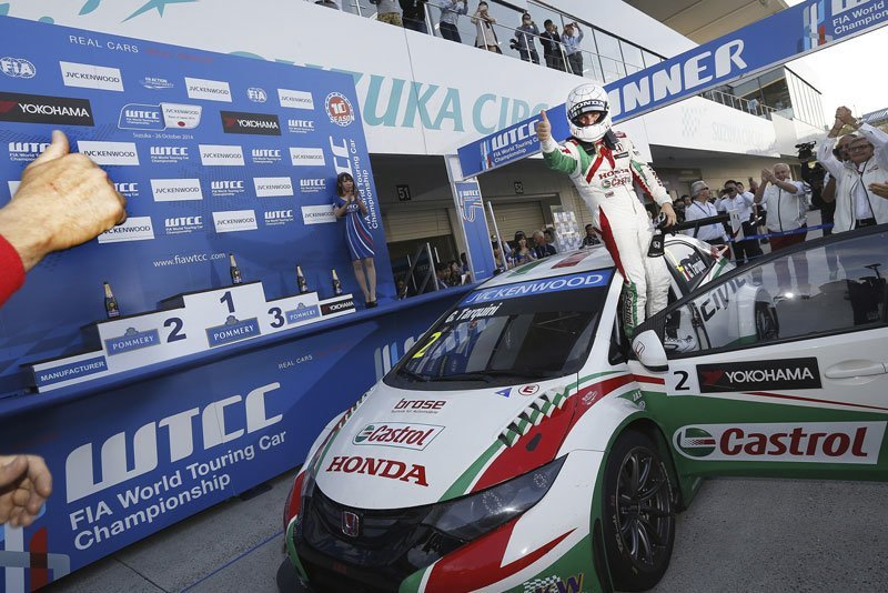 Tarquini consigue la 2ª victoria para Honda en el WTCC de Suzuka