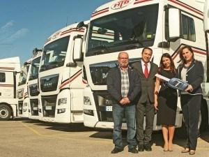 Hermanos Bordes renueva toda su flota con las nuevas tractoras TGX Euro 6 de MAN