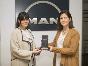 MAN Truck & Bus Iberia recibe el TeleMatics Award de la central por la excelencia del servicio