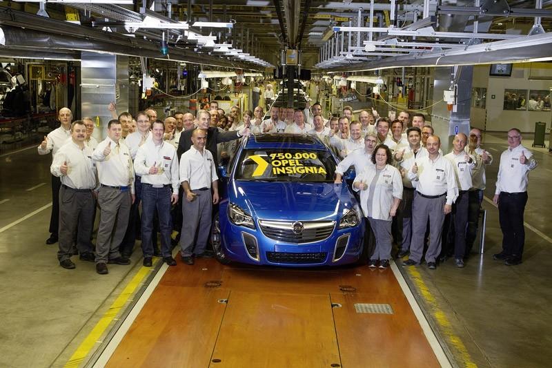El Opel Insignia celebra su éxito comercial con la producción de la unidad 750.000