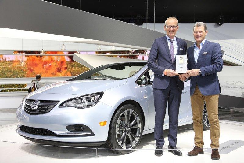 """Premio """"Coche Conectado"""" para la nueva conectividad de Opel"""