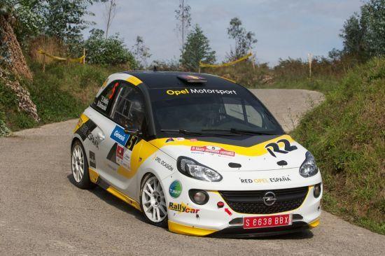 Vallín y su Opel ADAM R2 también mandan en tierras cántabras